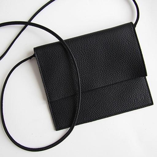 jemma laukku musta